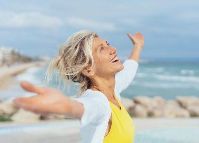 Woman enjoy the beach