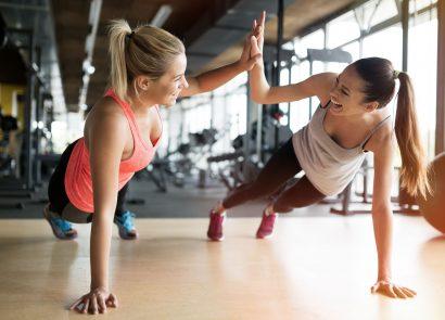 Gym buddies working out